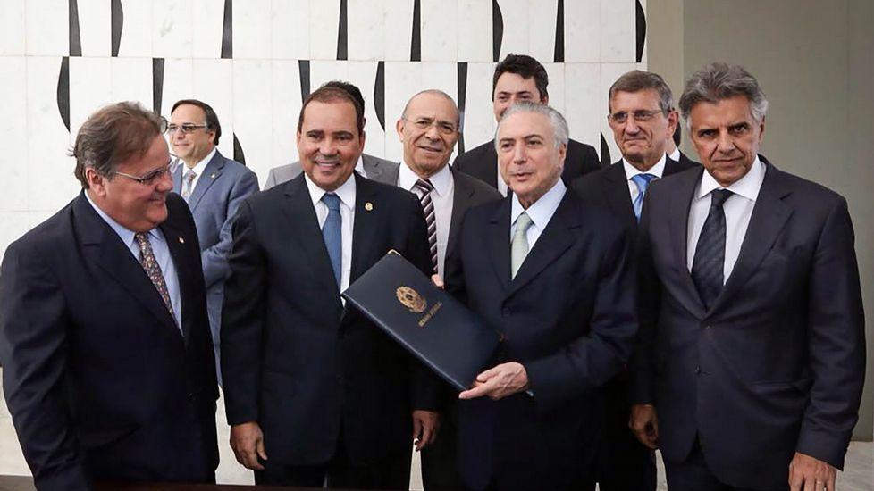 Manifestación en apoyo de la presidenta suspendida, Dilma Rousseff
