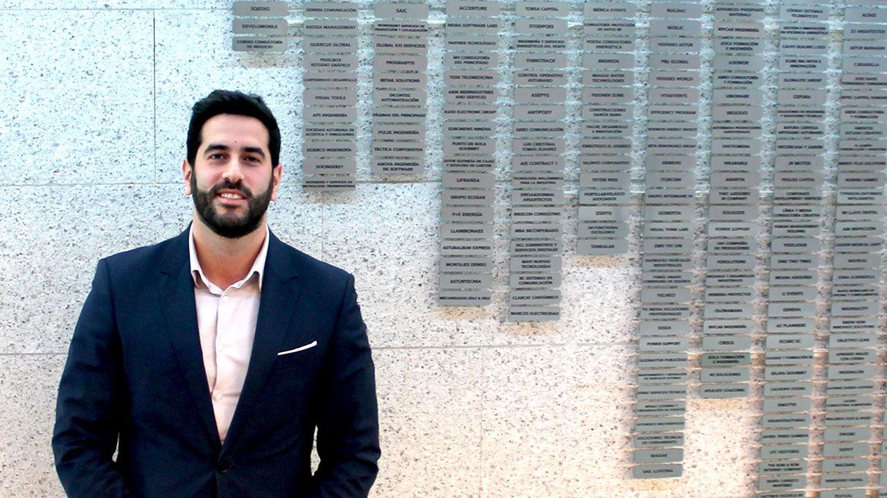 Ruben González Hidalgo, junto al directorio de empresas del Parque Científico y Tecnológico de Gijón