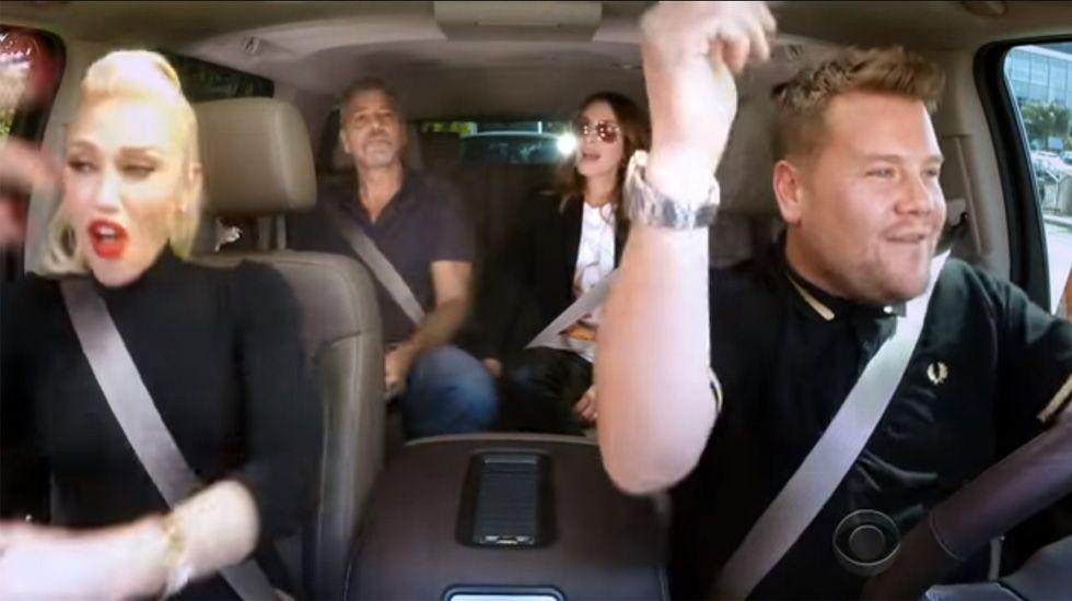 El «Carpool Karaoke» de Gwen Stefani.Jukia Roberts subió descalza los 24 escalones que conducen al Gran Teatro Lumiere.