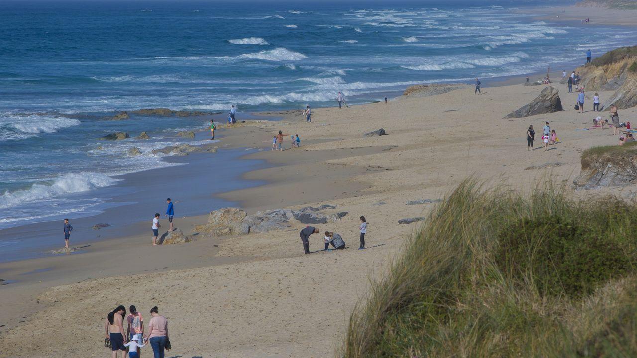 Así estaba la playa de Razo.