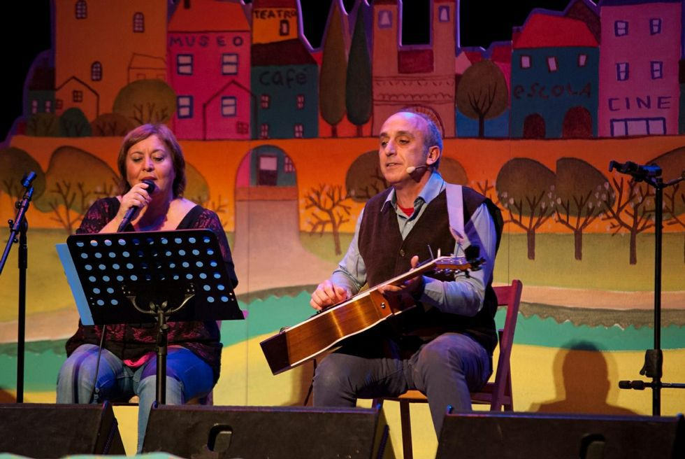 Uxía y Magín Blanco en una de las representaciones de «Canta o Cuco»
