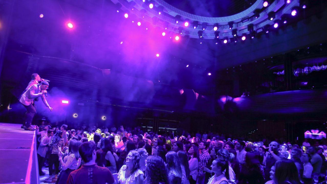 Público en la presentación de la Suite coruñesa en el MAC