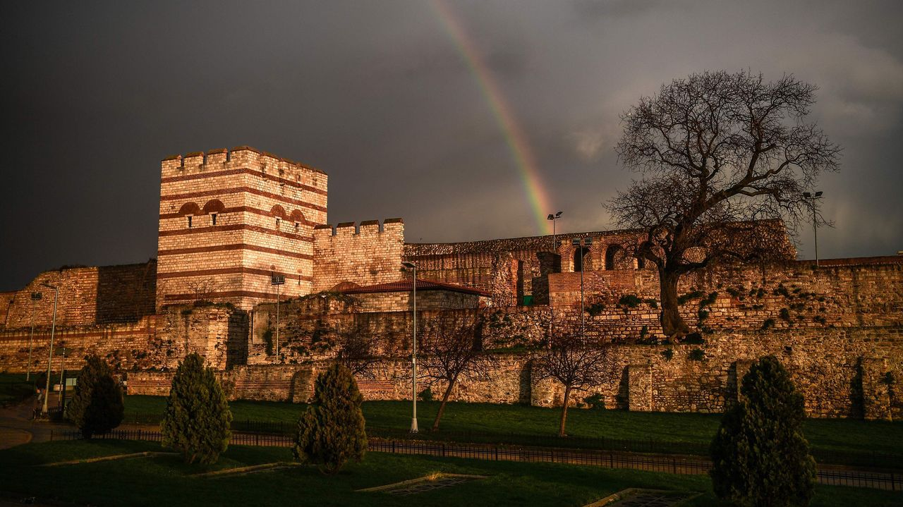 Un arcoiris sobre Estambul.