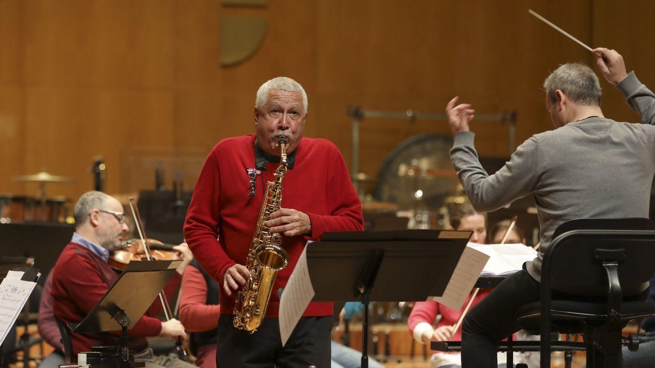 La leyenda del jazz latino Paquito D'Rivera toca con la Real Filharmonía.Sonia Lebedynski y A Pousada das Ánimas fueron algunos de los ganadores de la pasada edición