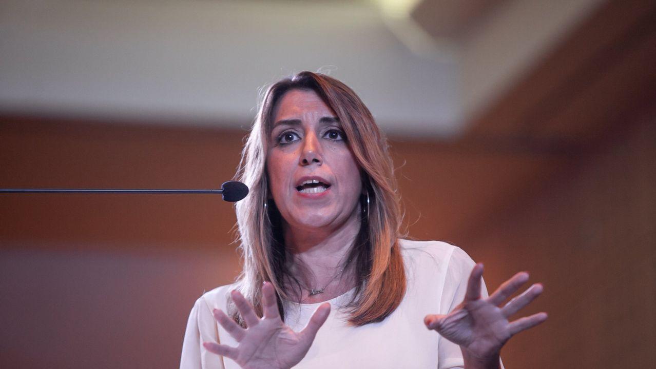 Un año marcado por la moción de censura y la irrupción de la extrema derecha.Sánchez y Rubalcaba en el congreso del 2014 en el que el primero fue elegido secretario general del PSOE