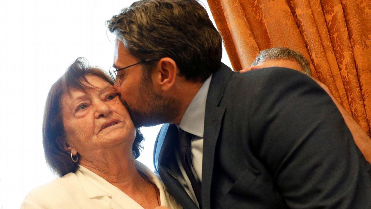 Màxim Huerta junto a su madre