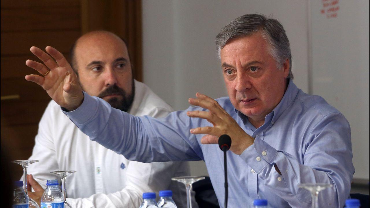 Nicolás González Casares.La ministra Montero y Feijoo durante una reunión que ambos mantuvieron en Madrid