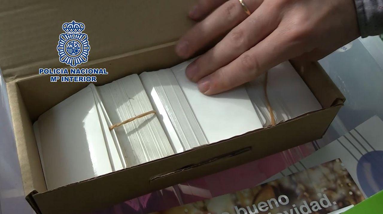 Cae el mayor laboratorio de falsificación descubierto en España.La activista nicaragüense Jessica Cisneros, de 26 años, es una de las 78.710 personas que han solicitado asilo en España y aún no han recibido respuesta.