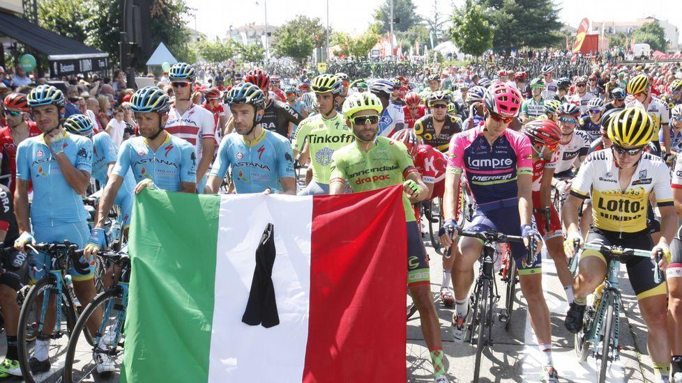 En la salida se guardó un minuto de silencio por las víctimas del terremoto en el centro de Italia