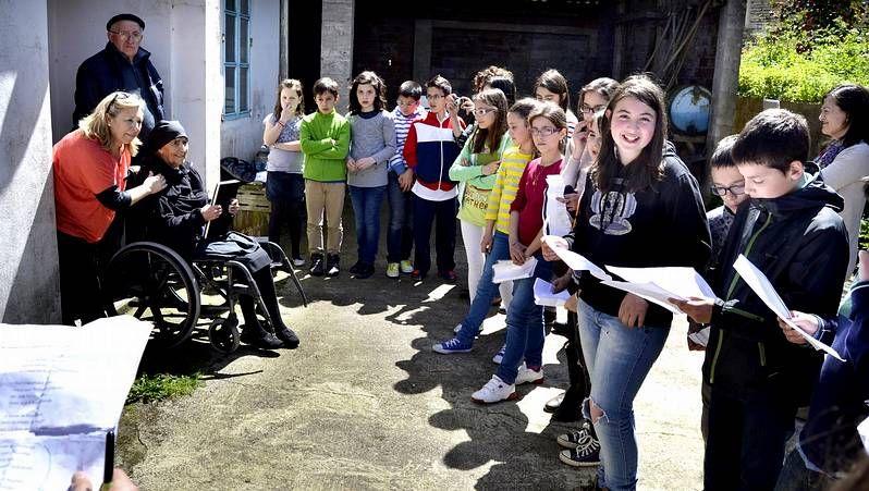 Los diez integrantes del registro de la propiedad de Carballo, que también da servicio a los municipios de Cabana, Coristanco, Laxe, A Laracha, Malpica y Ponteceso.