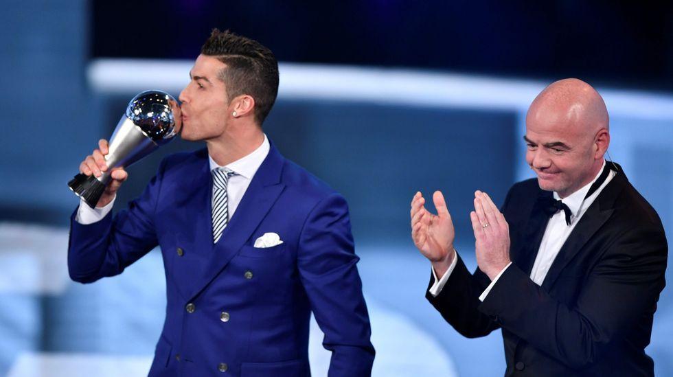 Cristiano Ronaldo, mejor futbolista del 2016 según la FIFA