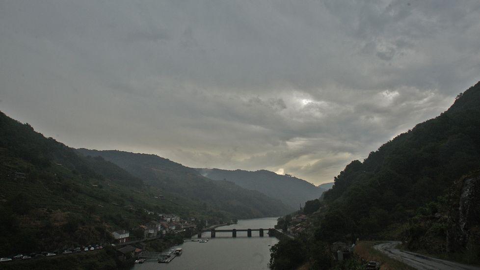Mañana de tormenta en la Ribeira Sacra.