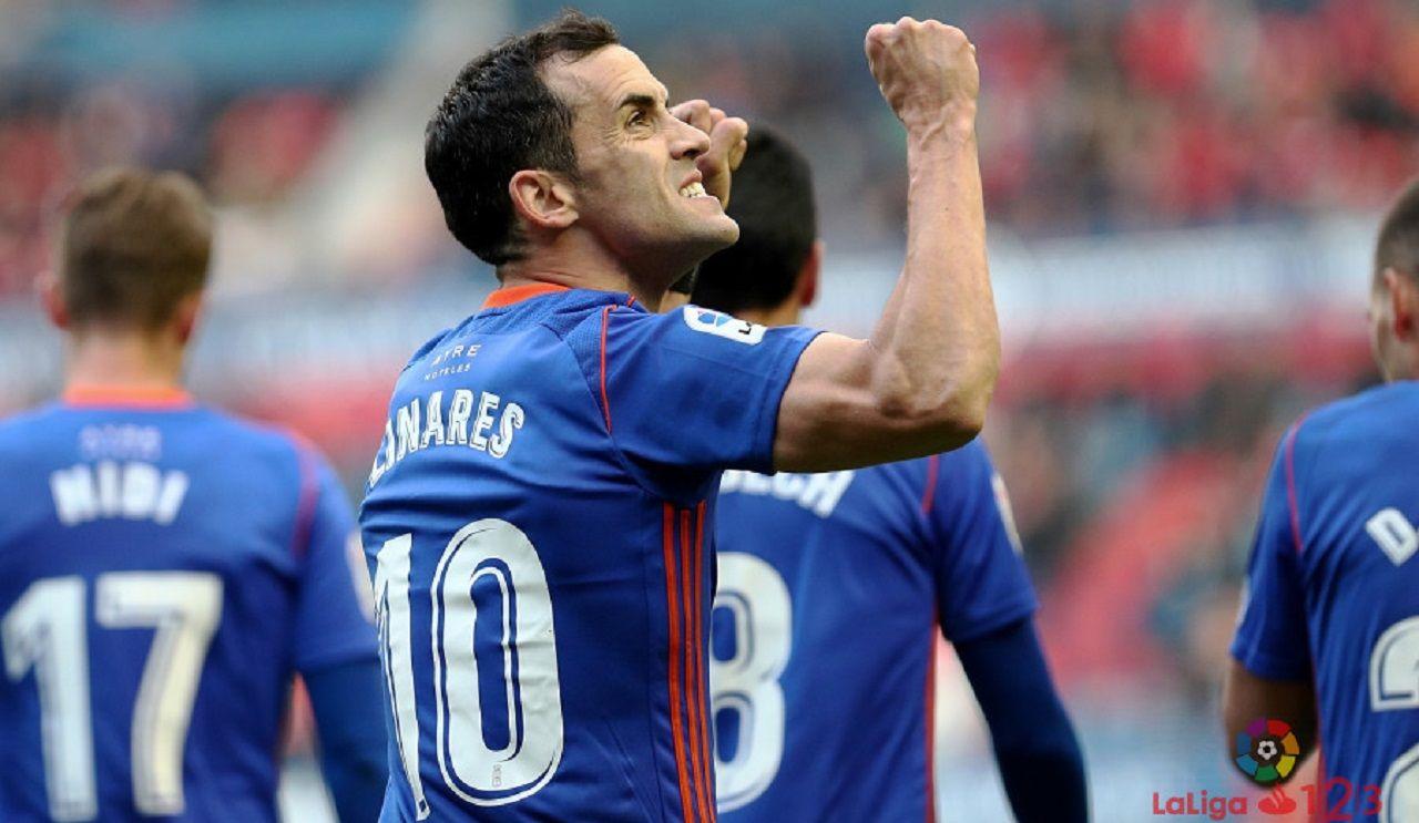 Linares gol Osasuna Real Oviedo El Sadar.Linares celebra su gol frente a Osasuna