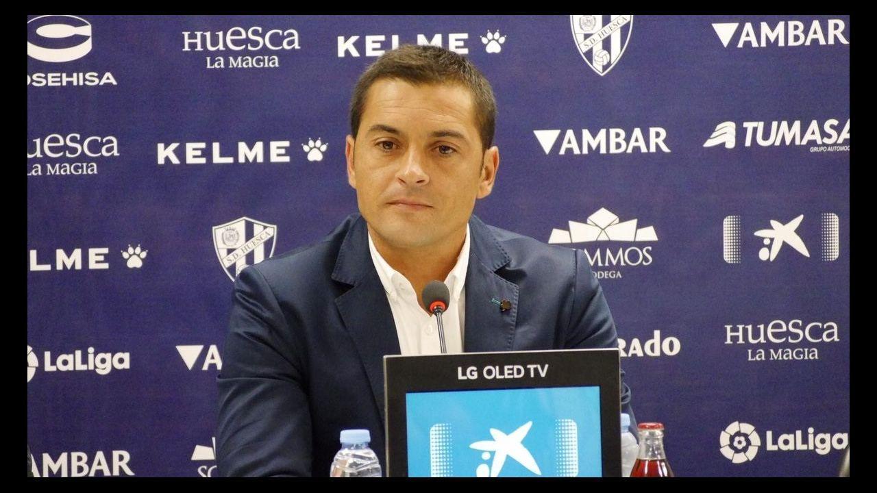 Las mejores imágenes del Huesca - Celta.Pelayo celebra un gol con el Real Oviedo en el Carlos Tartiere
