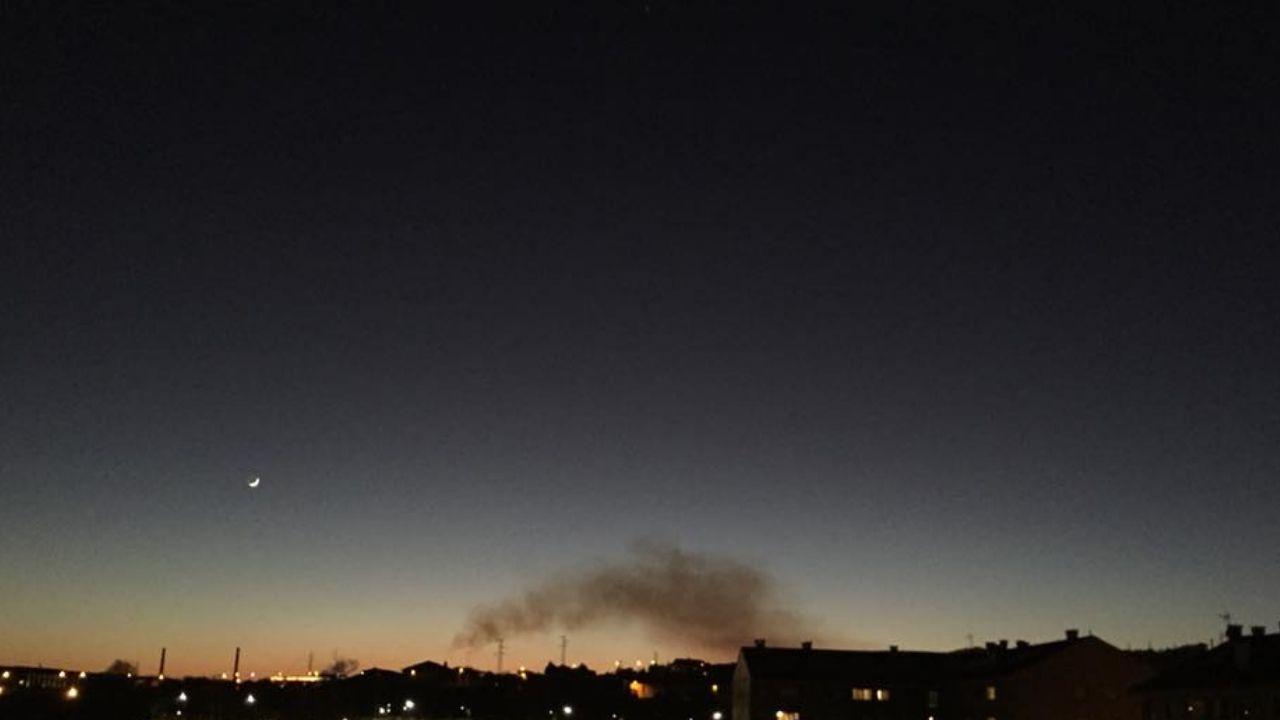 Emisiones contaminantes, el pasado 28 de febrero, en Gijón.Emisiones contaminantes, el pasado 28 de febrero, en Gijón