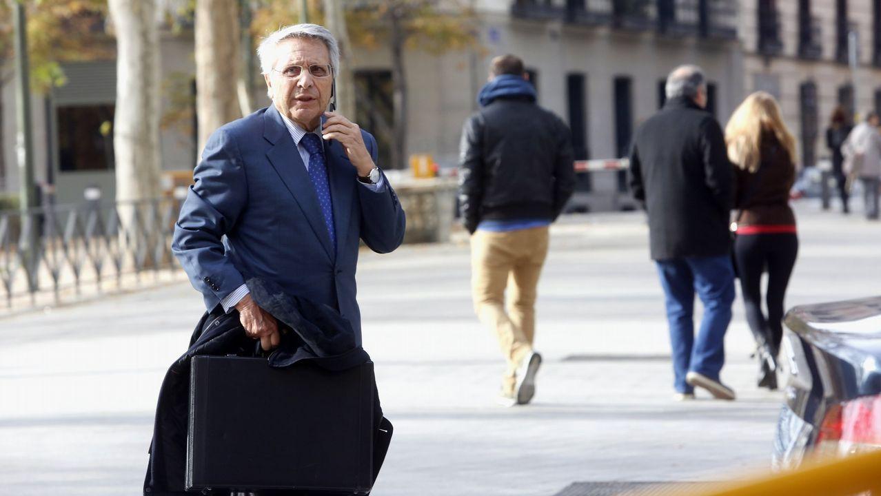 .El expresidente de Caixanova, Julio Fernández Gayoso
