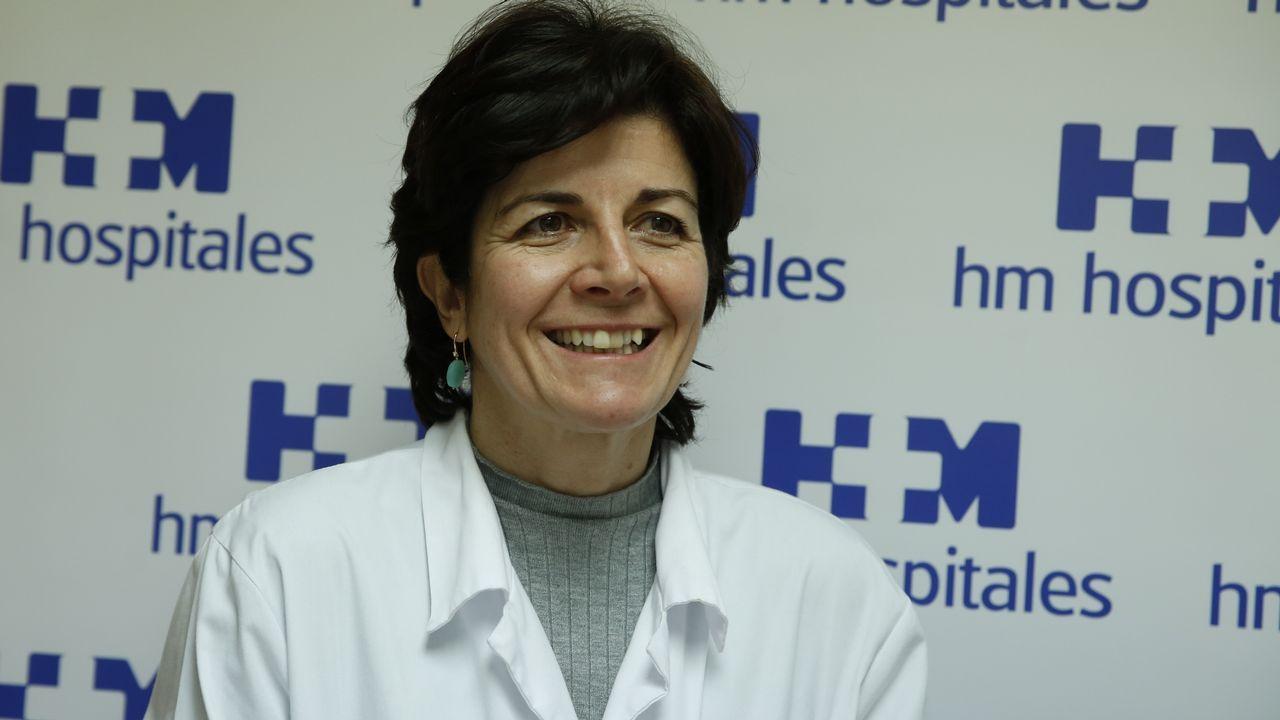 Concentración en Viveiro contra la supresión del área sanitaria de A Mariña