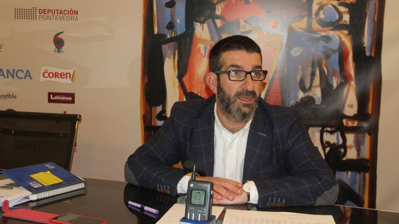 Oposiciones a celador del Sergas en Silleda.Las pruebas de ayer se adaptaron para dar a los opositores igualdad de oportunidades