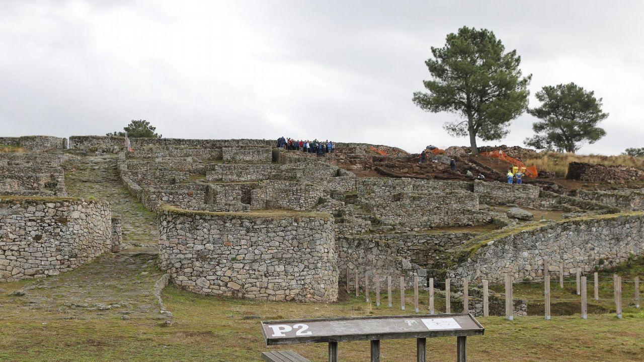 .Murallas del «oppidum» de San Cibrao de Las. La tecnología demostró que los muros suponían una barrera visual, tanto desde dentro como desde fuera del recinto, para proteger un espacio religioso