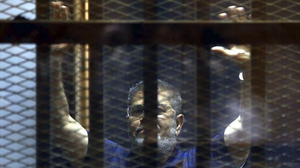 Gran ceremonia para inaugurar el nuevo canal de Suez.El expresidente egipcio Mohamed Mursi, en una imagen de archivo desde la cárcel