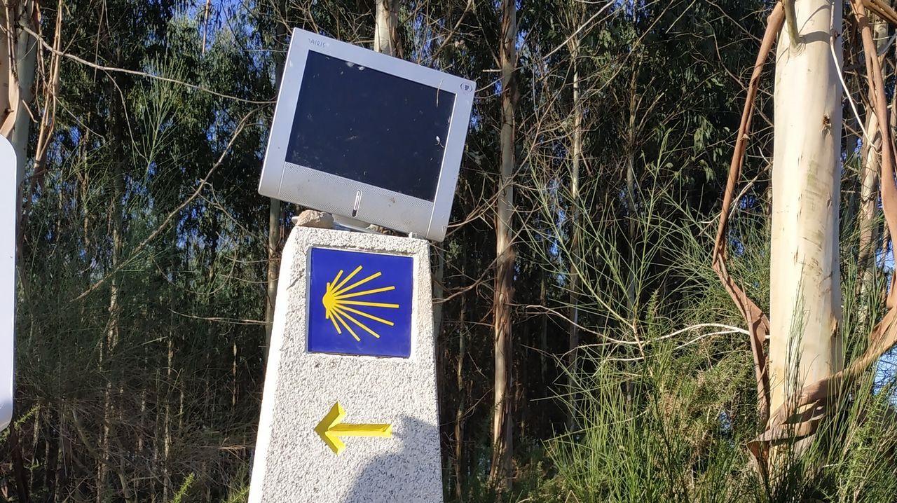 El Camino Inglés en 3D y con peregrinos robots tiene sello ferrolano.ANA Y ZAIRA, DE TRAINNOVA, CON LA MAQUETA