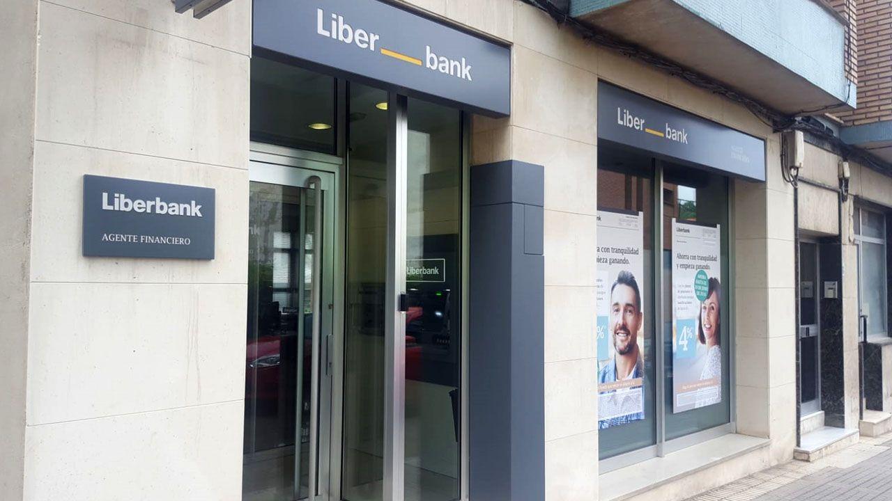 Oficina de Liberbank en Carbayín