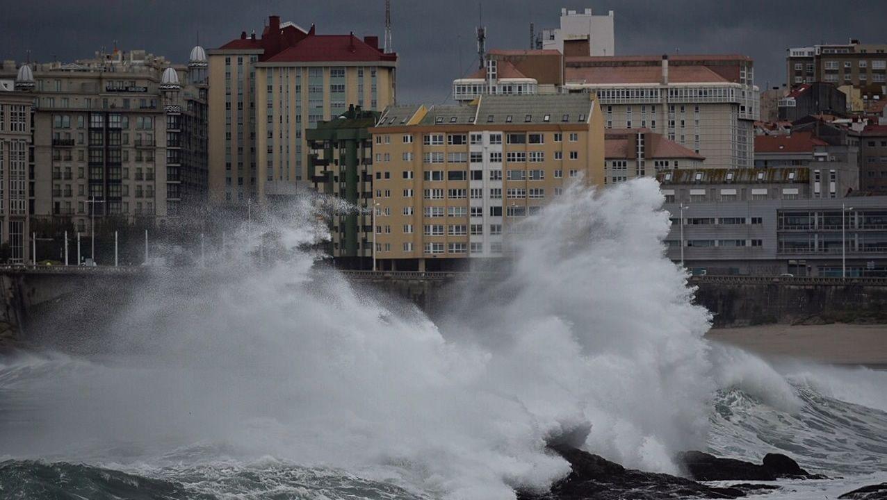 Oleaje esta mañana en A Coruña