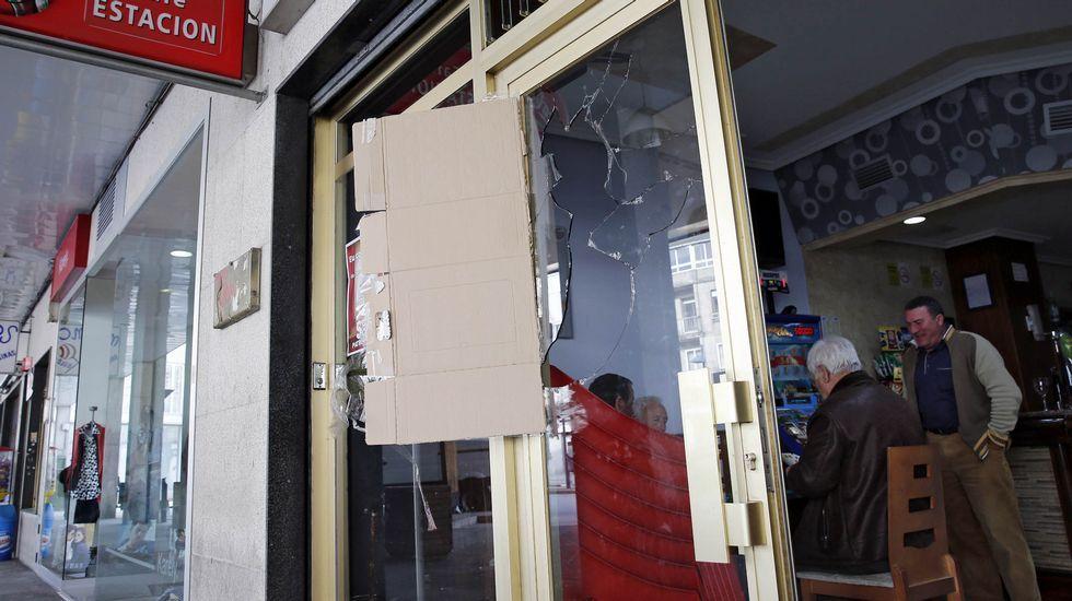 .En 2016, el hombre causó desperfectos y pegó dos tiros con una pistola en un bar de Xinzo