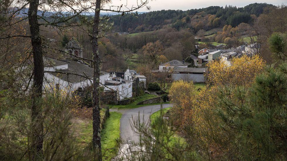 La ruta empieza en la aldea de A Pousa, en la parroquia de Saa