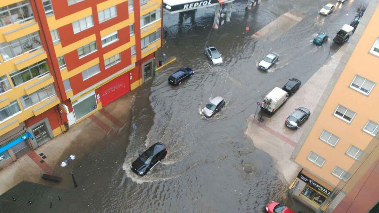 Ana deja ya inundaciones en el centro de Lugo