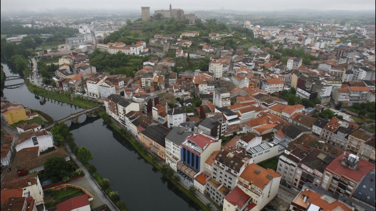 Tenso pleno en el Concello de Ourense.El pleno del Ayuntamiento de Avilés