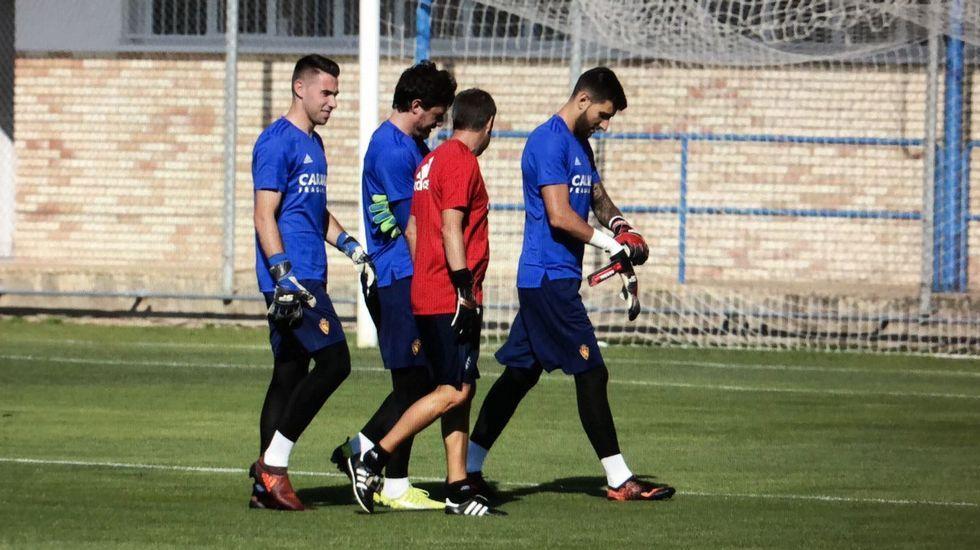 .Ratón está entrenando en Zaragoza. En la imagen, de esta mañana, a la derecha