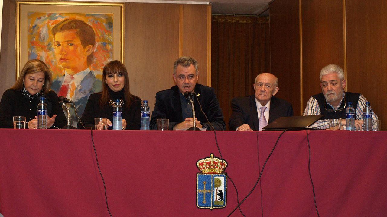 María Teresa Álvarez, Tina Gutiérrez, Valentín Martínez-Otero, José Antonio Olivar y Armando Ramírez.