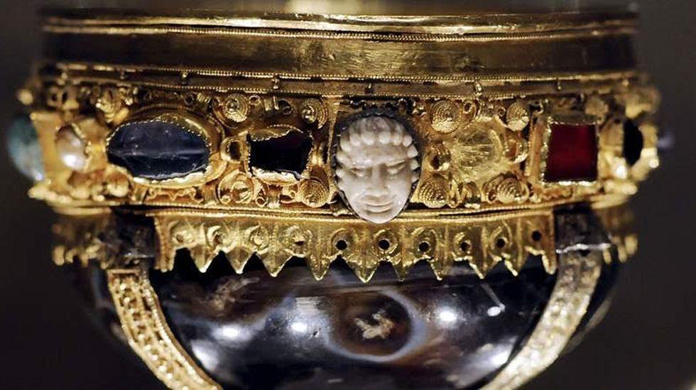 Fotografía del cáliz de Doña Urraca, el Santo Grial.Fotografía del cáliz de Doña Urraca, el Santo Grial