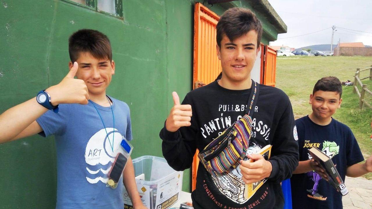 Las imágenes de las inundaciones en varias zonas de Ferrol.La iniciativa «bookcrossing» forma parte del programa por el que la biblioteca ha sido premiada