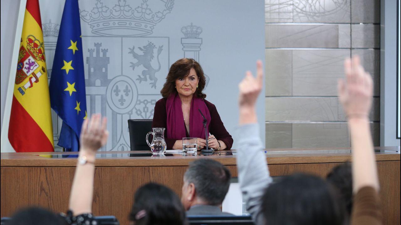 Sánchez arranca desde la Moncloa la campaña para las elecciones del 28 de abril.Calvo diferenció el diálogo entre Gobiernos de la mesa de partidos, que es la que tendría un relator.