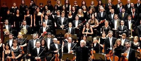 La Real Filharmonía y la Capela Compostelana encandilaron a los asistentes al concierto.