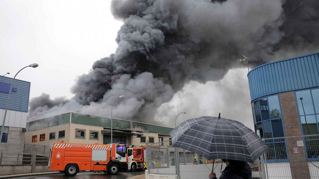 Incendio industrial en Vilagarcía