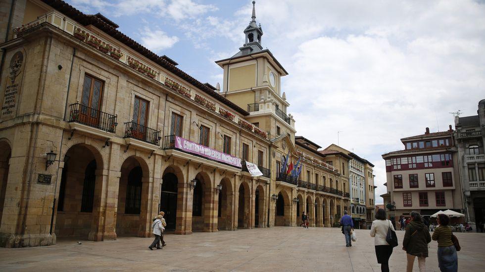 La central térmica de Soto de Ribera.Marcelino Marcos