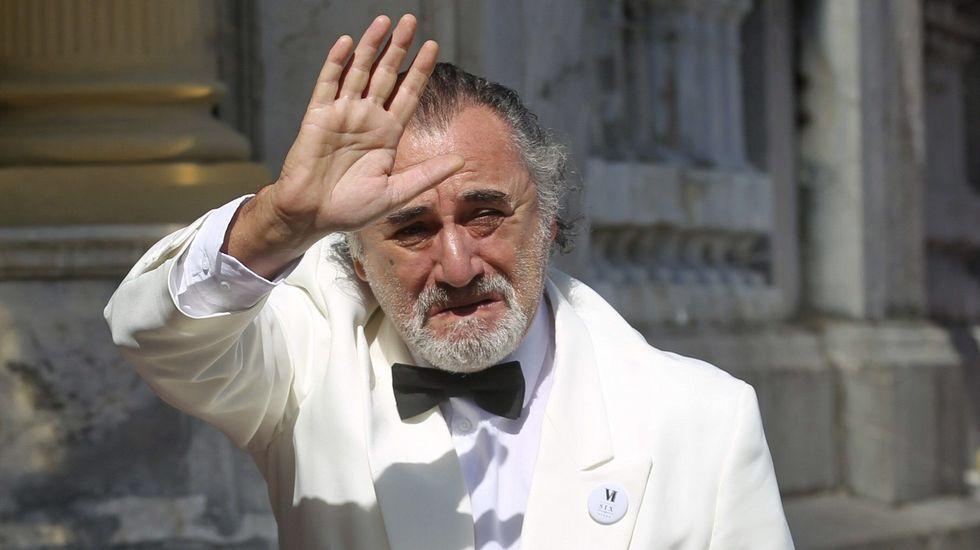 El Festival de Cine de San Sebastián entrega sus galardones.Chrystian Magic actuará el día 18 en Meicende