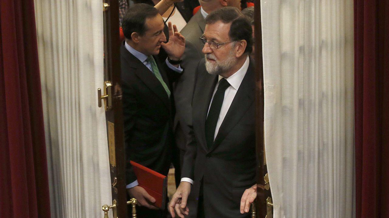Rajoy abandona el hemiciclo tras despedirse del Congreso