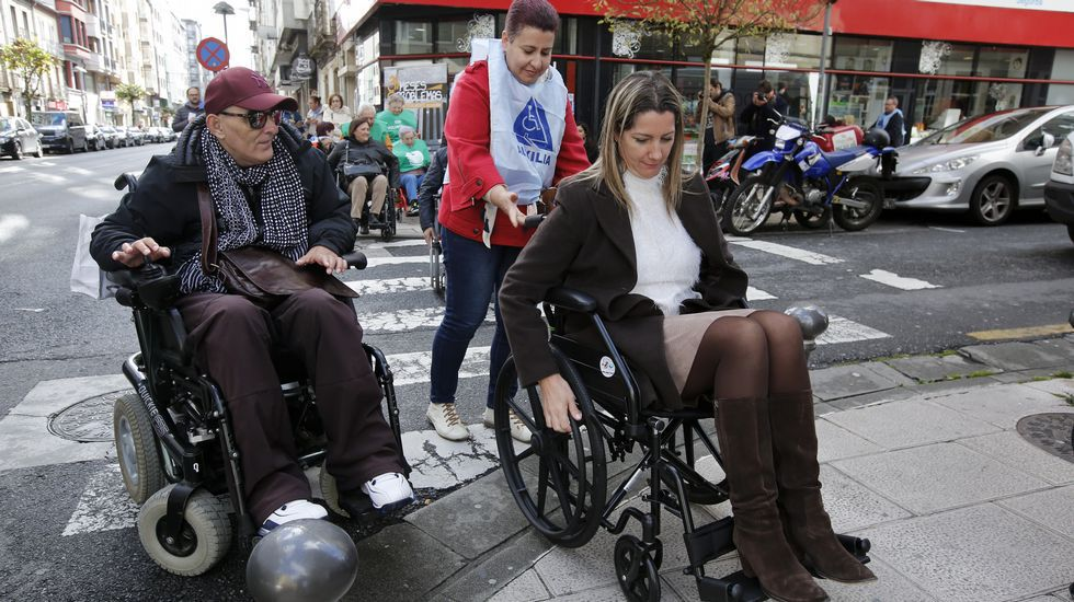 Fustes lleva 12 años de Guardia Civil en Galicia