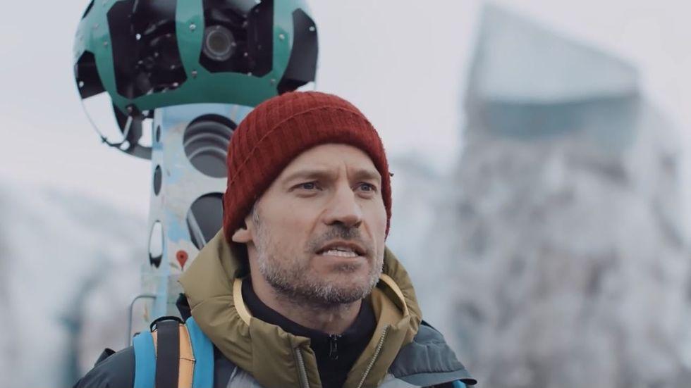 Jamie Lannister se une a Google contra el cambio climático.