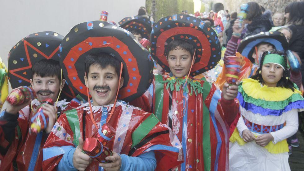 El público, parte vestido al estilo tradicional, disfrutó con todas y cada una de las citas.