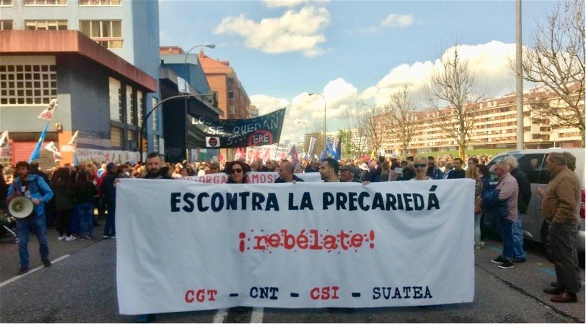 Manifestación de los sindicatos minoritarios el Primero de Mayo