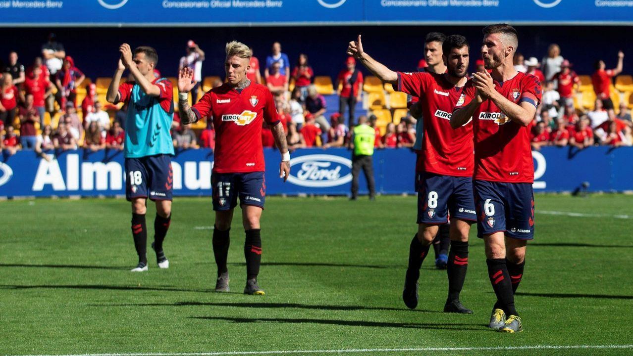 Vetusta Bilbao Athletic Requexon.Los jugadores del Oviedo celebran el 1-0 al Nàstic