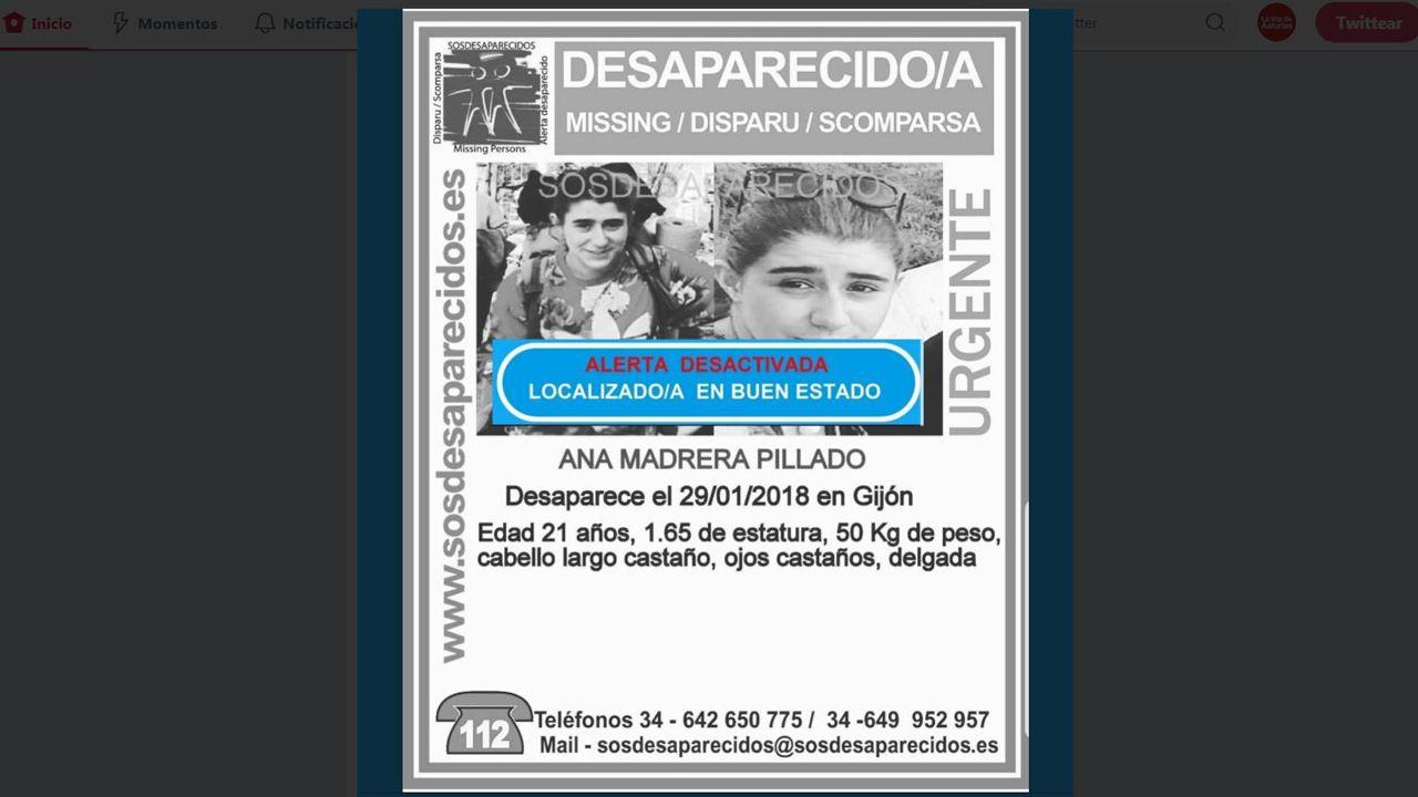 Las multitudes de la Segunda República en Gijón.Una de las siluetas de cartón de la campaña #NadieInvisibleEnGijón