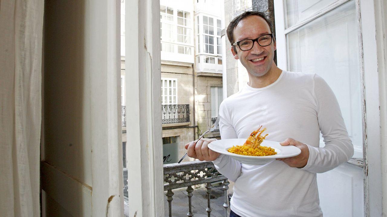 Una constelación de estrellas Michelin en Negreira.El chef Dani García, en la cocina del programa «Hacer de comer»