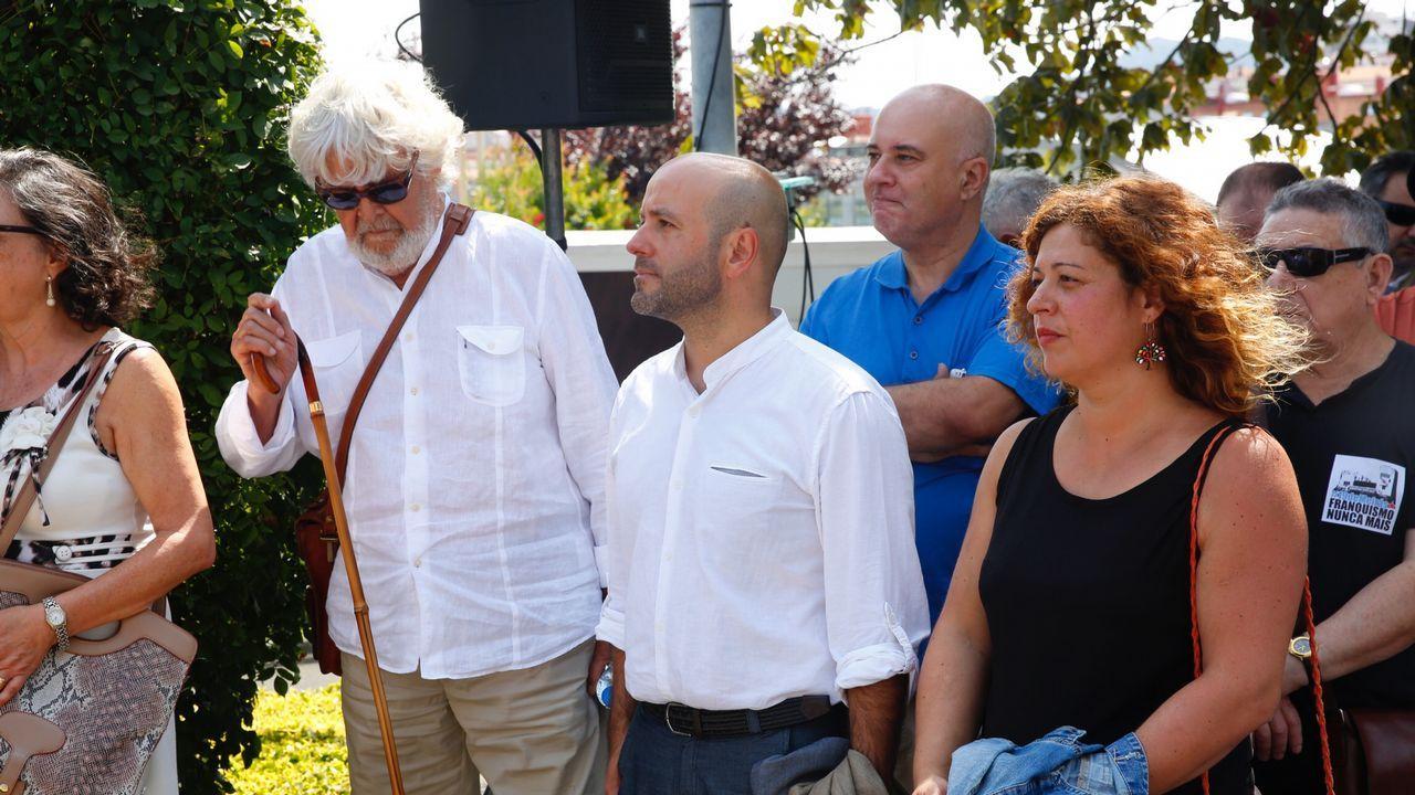 Luís Villares, na sede do grupo, cre que hai que debater de proxectos, no de persoas