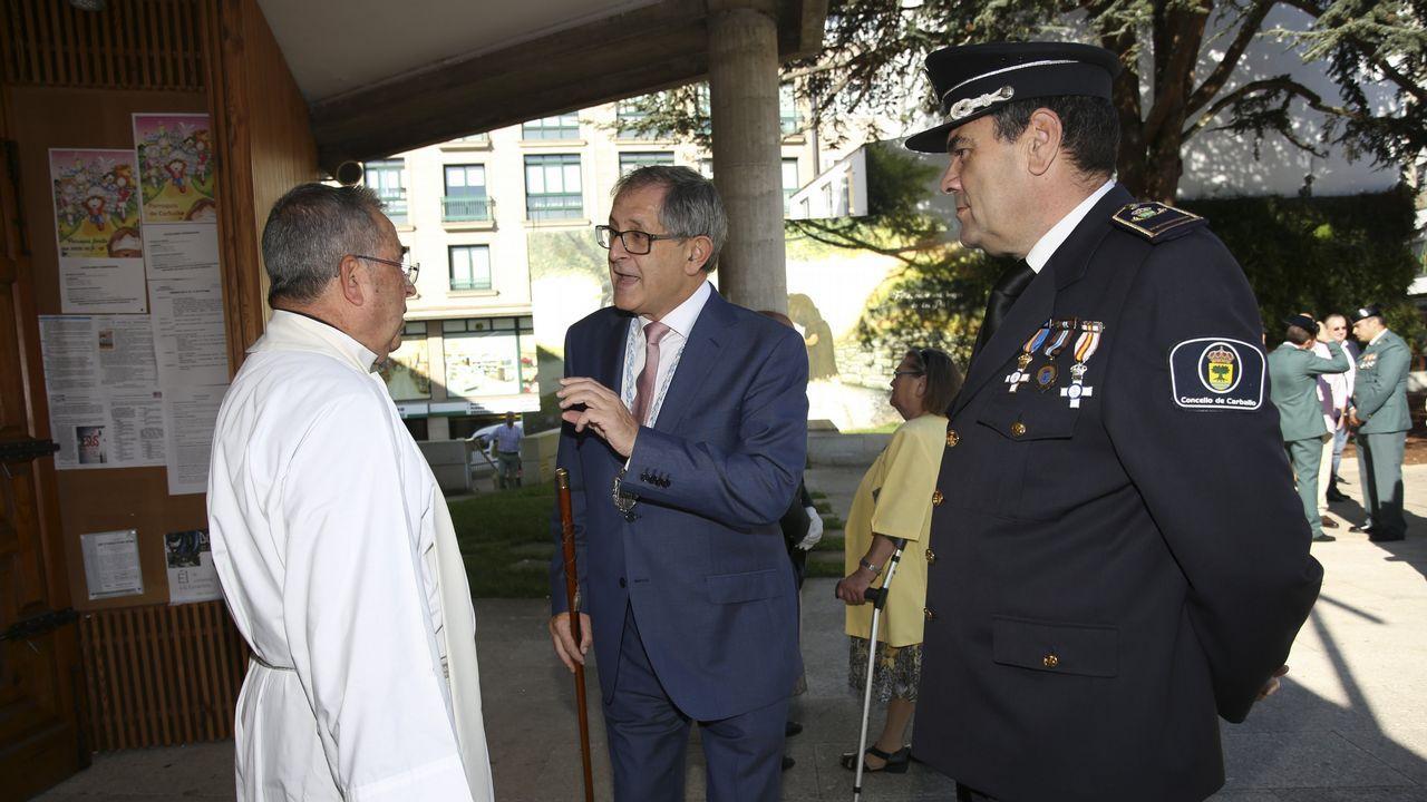 .DIÁ DEL PILAR | Misa celebrada en Carballo.